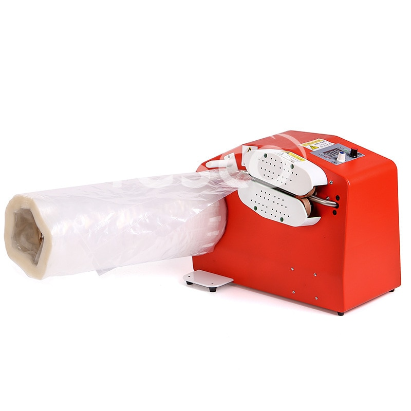 El inflador envía una caja de película al pequeño sellador de inflado automático para llenar la máquina de amortiguación de aire