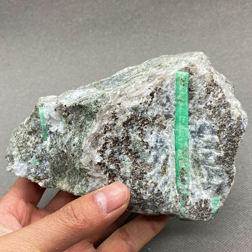 Gema-grau de cristal Natural verde esmeralda, cristales de cuarzo, cristales de china