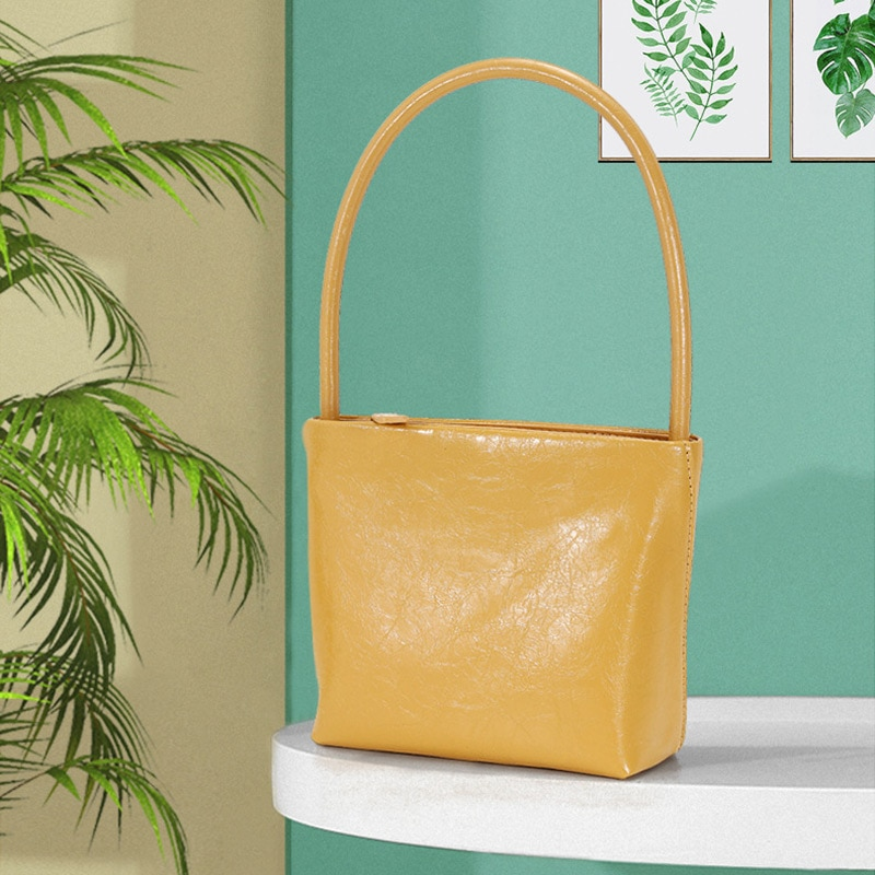 ladies-underarm-bag-2021-french-disign-fashion-retro-ladies-underarm-bbag-ooil-wax-leather-handbag-travel-shoulder-bag
