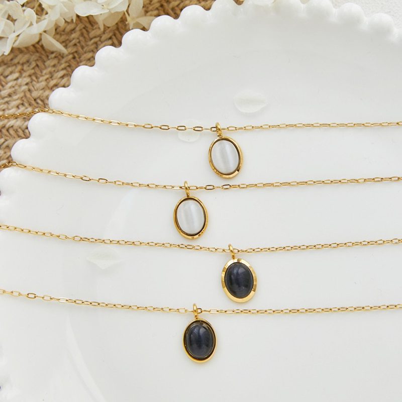 Amaiyllis 18K Gold Vintage Black and White Opal Oval Clavicle Chain Necklace Fashion Natural Stone Necklace Jewelry