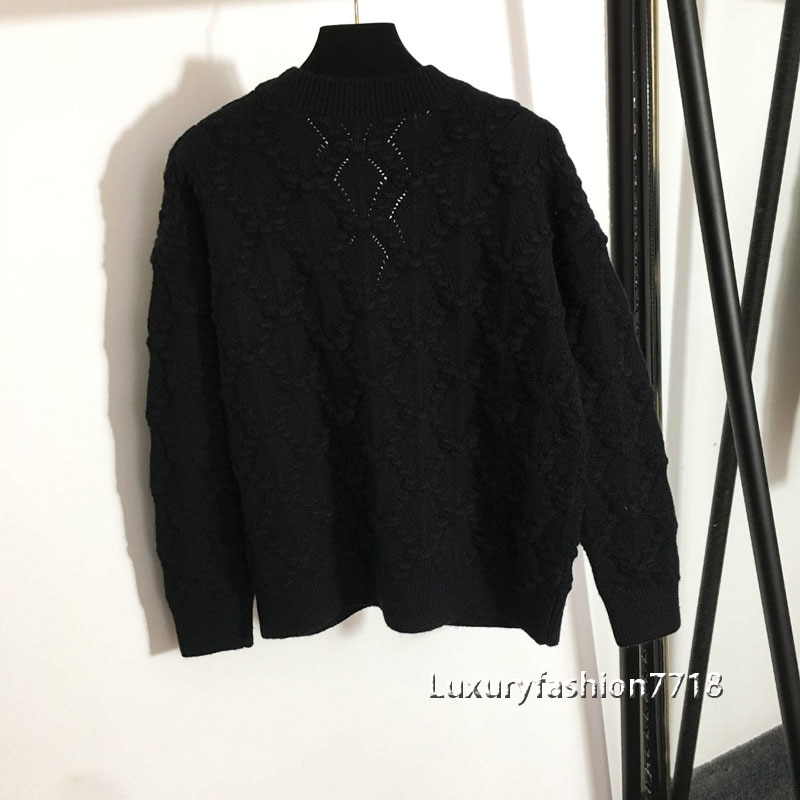 Fashion high end fall women clothing Diamond studded love Logo Button jacquard V-Neck long sleeve knitted cardigan sweater coat enlarge