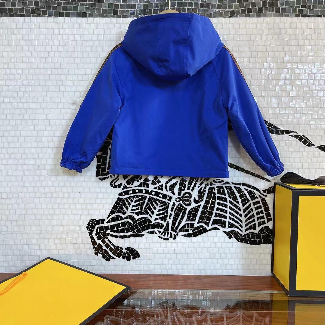 خريف اوروبي وامريكي نمط حرف مطبوع حجمين ارتداء معطف للبنات والاولاد جاكت مزود بغطاء للرأس