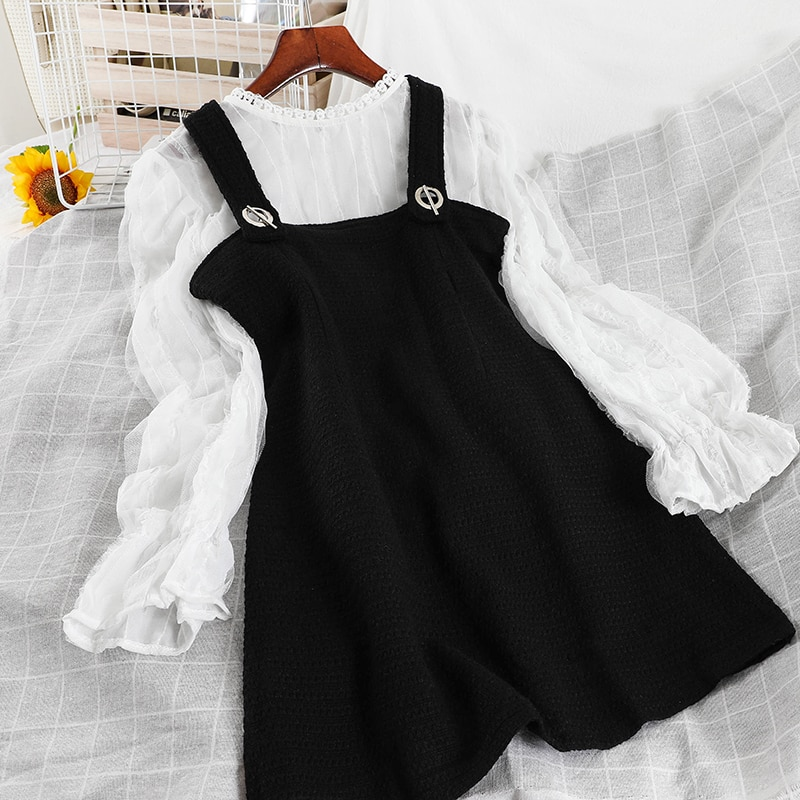 V557 light luxury celebrity foreign style new product suspender small black skirt bottom screen sweater small two piece dress