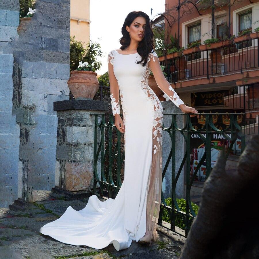 Потрясающее платье-футляр из эластичного атласа с вырезом лодочкой и прозрачным вырезом сбоку свадебное платье с кружевной аппликацией пл...