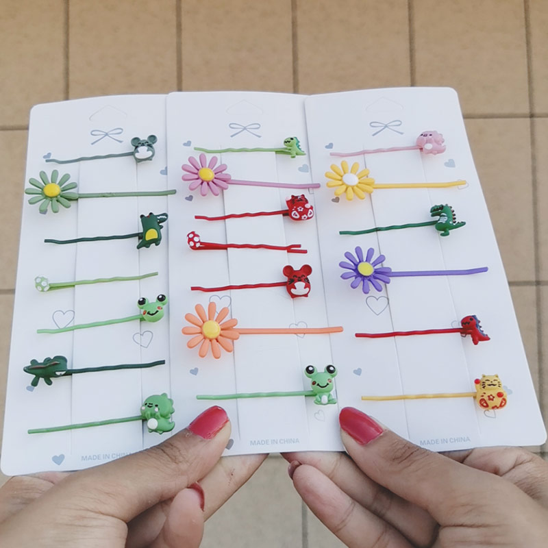 Korean version of small fresh spray paint word clip small hairpin child adult universal hairpin clip headdress