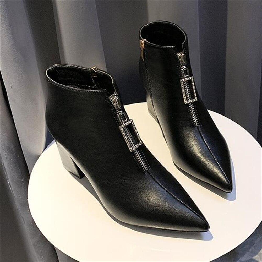 Botines de mujer 2019 nuevo otoño invierno nuevo europeo de mujer con diamantes de imitación puntiagudos Martin botas Zapatos de tacón alto de mujer