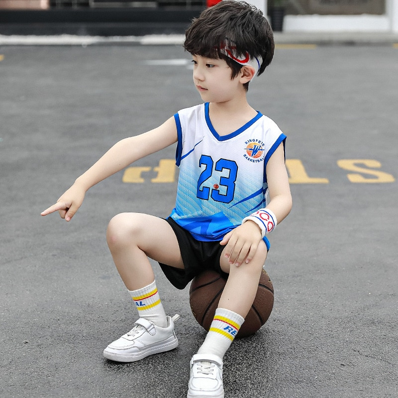 Chico conjunto de ropa de baloncesto Big Boy conjunto deportivo sin mangas de verano 2020 conjunto de pantalones cortos con letras ropa deportiva para niños