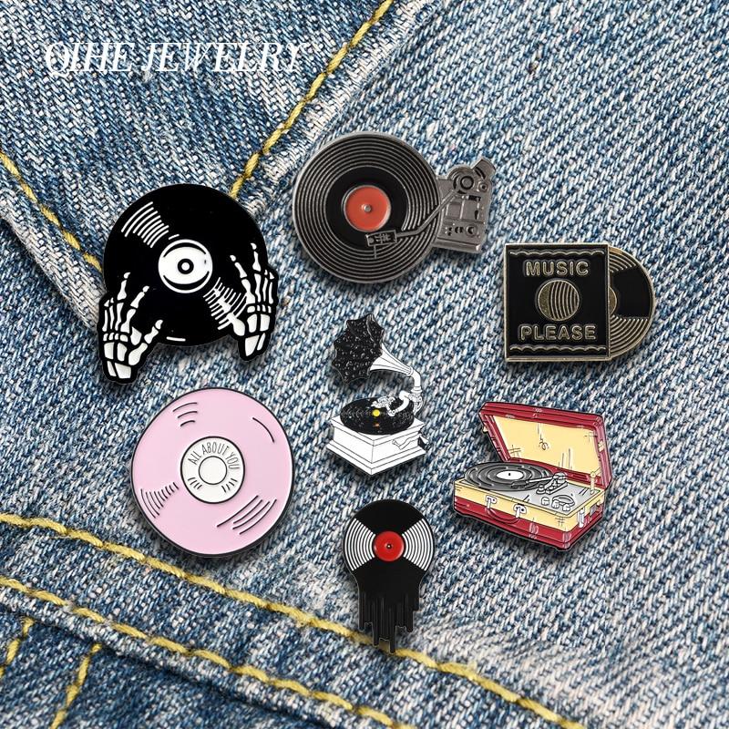 QIHE ювелирные изделия, эмалированные значки на лацкан, классический фонограф, виниловые пластинки, броши, значки, модные значки, подарки для ...