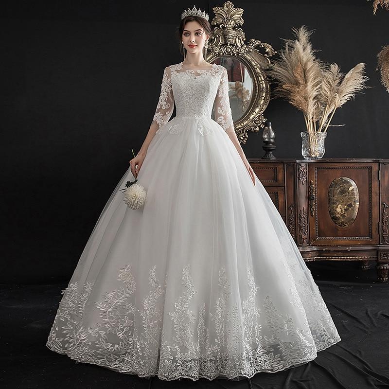 Classic Lace Applique Embroidery 2020 New Luxury Wedding Dress Elegant O Neck Half Sleeve Plus Size Bride Vestido De Noiva L