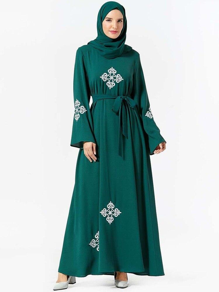 Túnica árabe musulmana, hiyab de moda Abaya, vestidos turcos islámicos de Dubái, estilo marroquí, islamiche Kleidung (sin bufanda)
