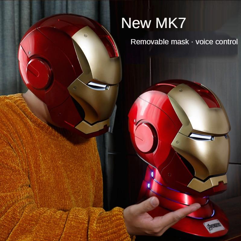 خوذة الرجل الحديدي من مارفل MK7 1:1 هدايا لعبة كهربائية يمكن ارتداؤها باللغتين الصينية والإنجليزية