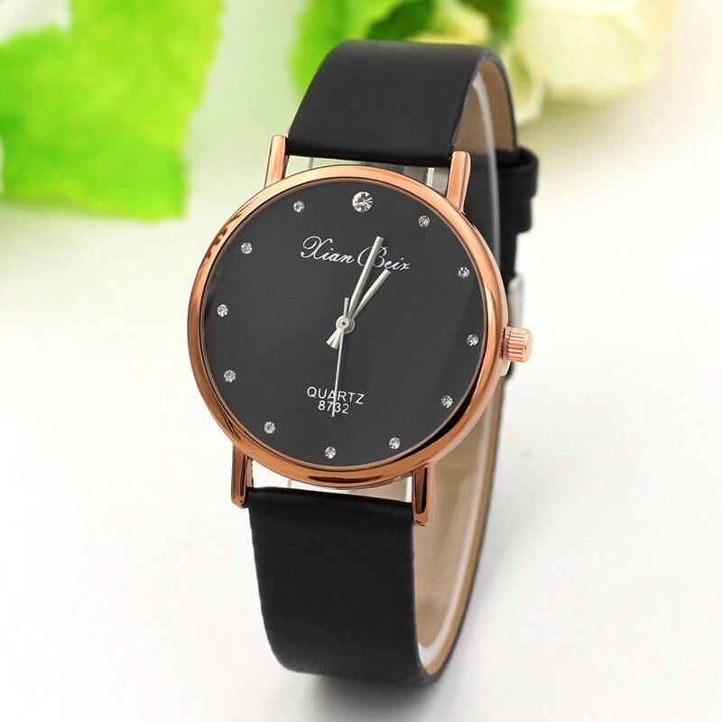 Fashion Casual Women's Quartz Diamond Wrist Watches Femal Black Minimalist Dial Watches Leather Band Watch Relogio Feminino
