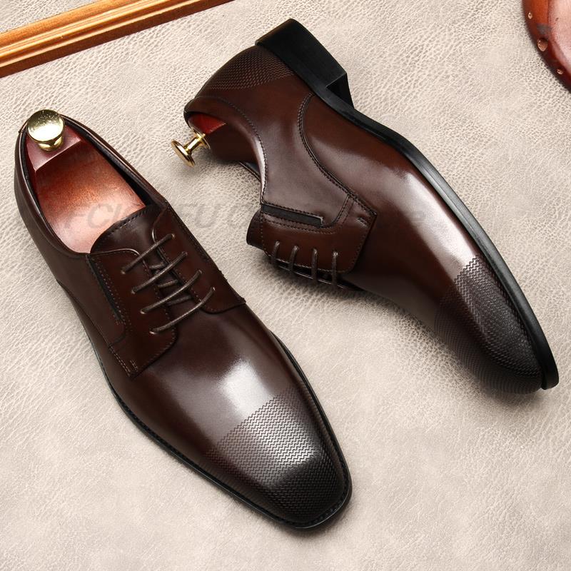 أسود القهوة اللون حذاء رجالي جلد أكسفورد البروغ الدانتيل يصل الأحذية الرسمية جلد طبيعي الزفاف رجال الأعمال فستان فاخر أحذية