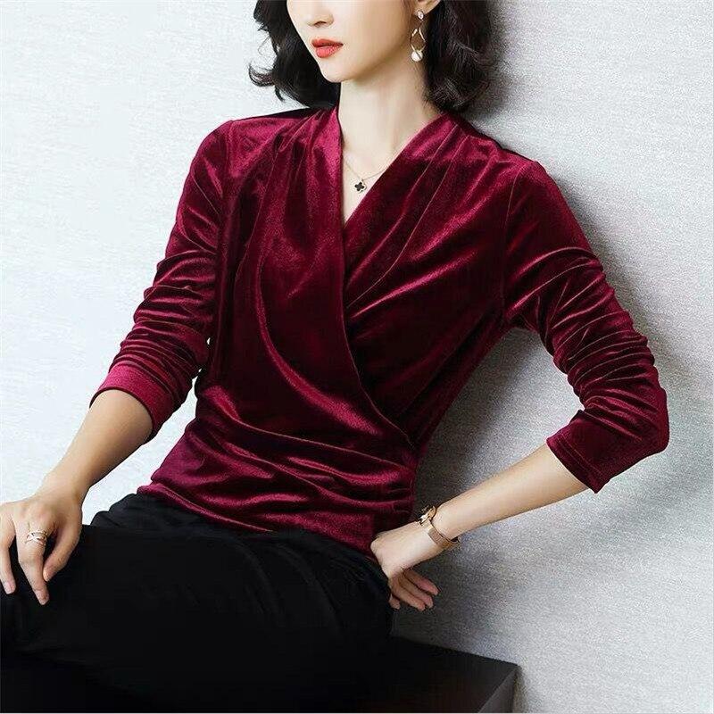 Outono nova moda feminina veludo t-shirts com decote em v sólido básico veludo camisetas topos inverno mulher magro elegante t camisa plus size M-8XL