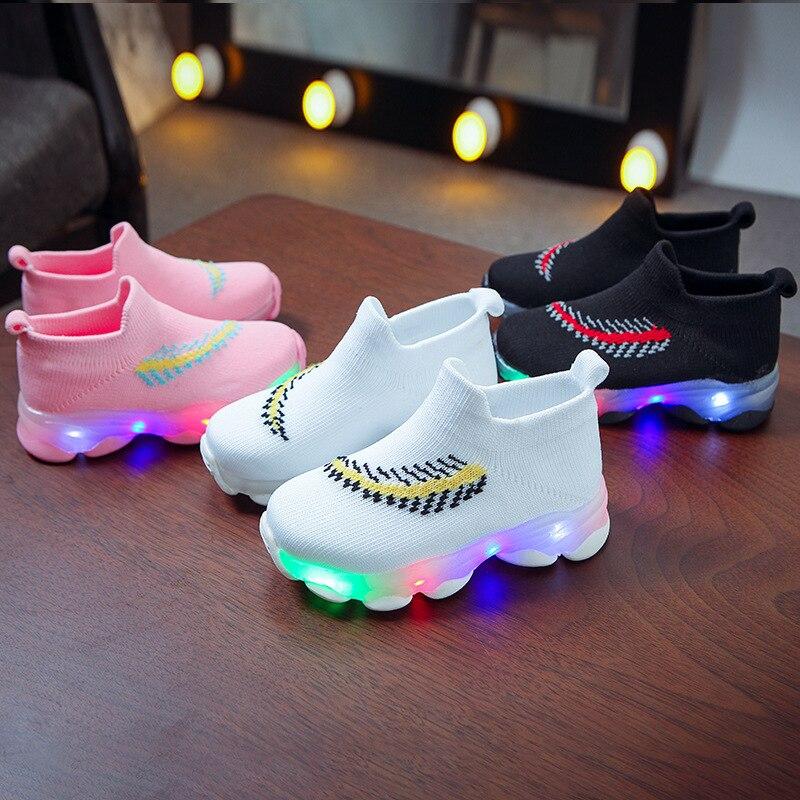 Зимняя обувь для девочек; Спортивные Детские теннисные туфли со светодиодной подсветкой; Повседневные Дышащие Детские кроссовки; Носки; Обувь для маленьких мальчиков