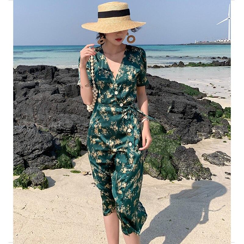 Summer robe satin womens green V-neck floral dress light Satin elegant jeans tropical holiday noon fashion beach satin dress