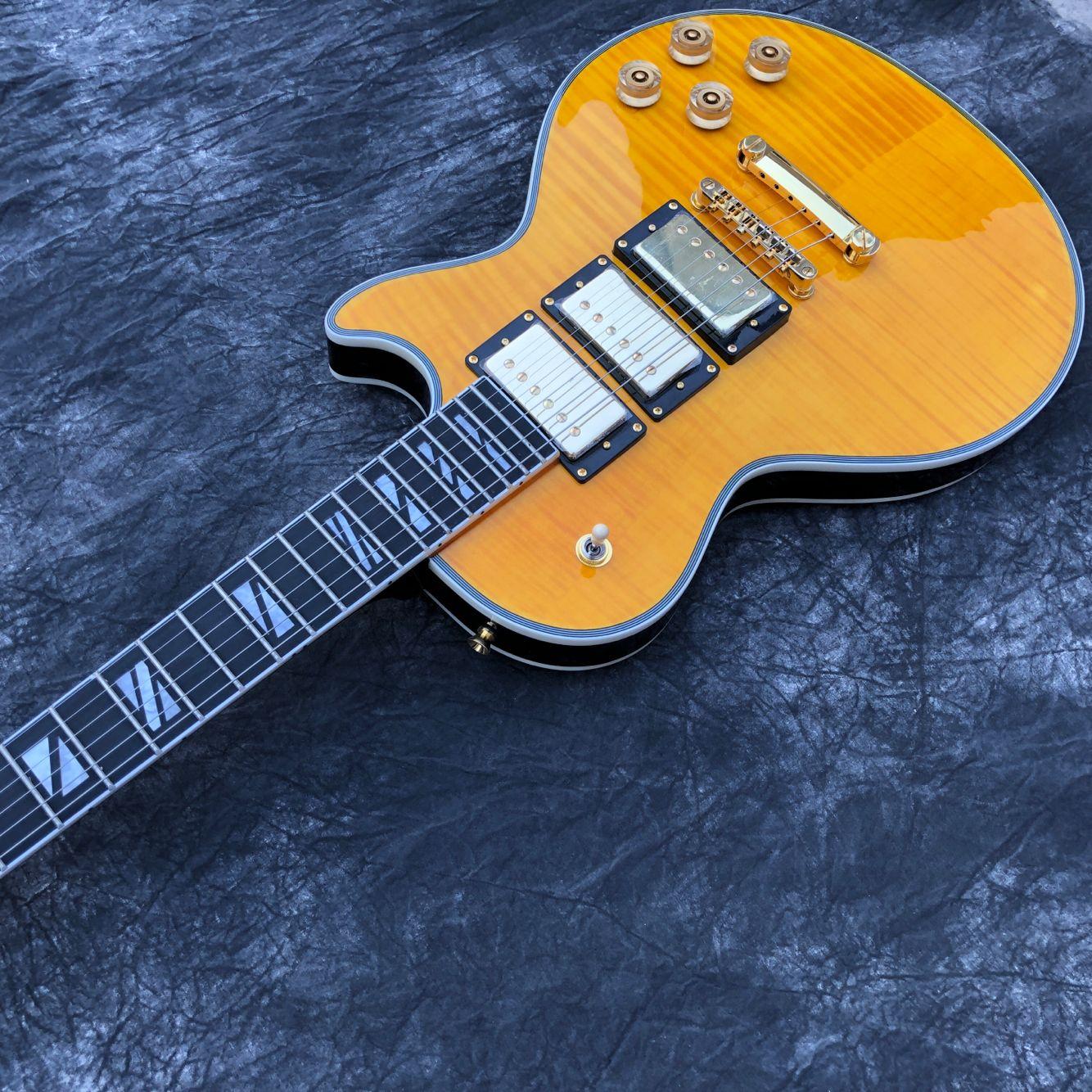 Custom Electric Guitar.high quality 3 pickups.handmade 6 stings guitarra.Tiger flame maple top gitaar.mahogany body. enlarge