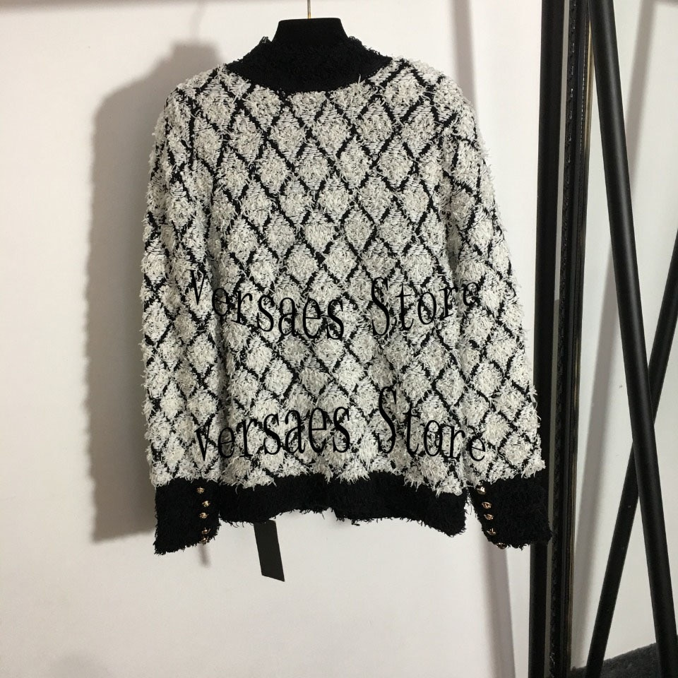 2021 luxury design thick edged diamond lattice metal button fashion women's long sleeved cardigan single breasted knitted coat enlarge