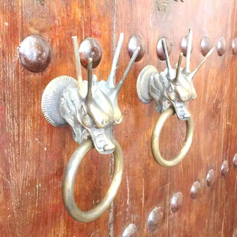 COTOM 1 sztuk 3D statua smok mosiądz kołatka solidna Vintage brama stałe pierścień gałki antyczne domek z drewna ozdoba uchwytu drzwi