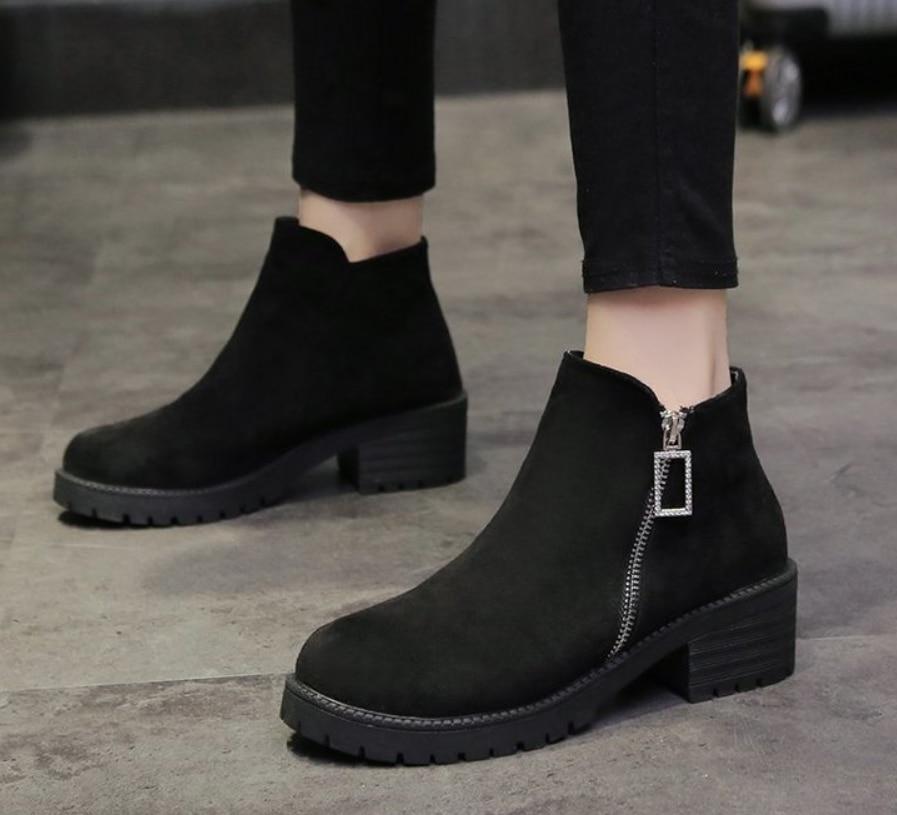 Sapatos de inverno Mulheres Tornozelo Botas Pretas Com Zíper Senhoras Sapatos Casuais Moda Confortável Grosso do Sexo Feminino Sapatos Quentes Botas Mujer