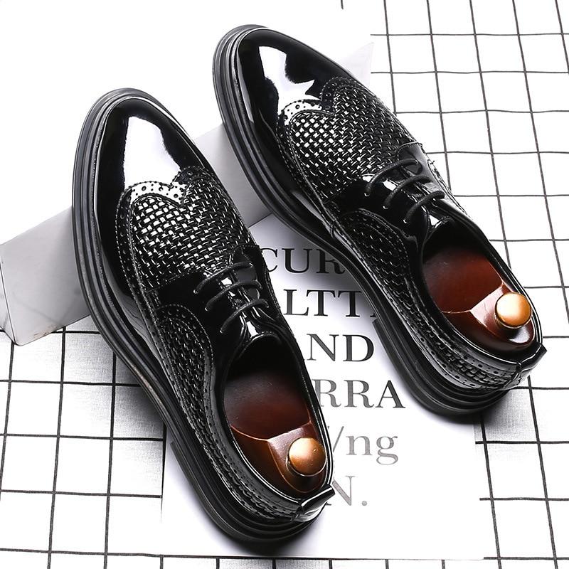 Black Patent Leather Men Formal Shoes High Quality Designer Luxury Elegant Fashion Oxford Men Dress Shoes