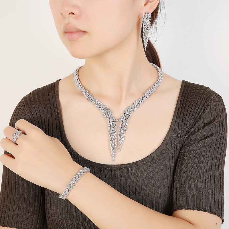 Jewelry Sets HADIYANA Gorgeous Plant Shape Women Wedding Bridal Necklace Earring Ring And Bracelet Set CNY0131 Conjunto de joyas