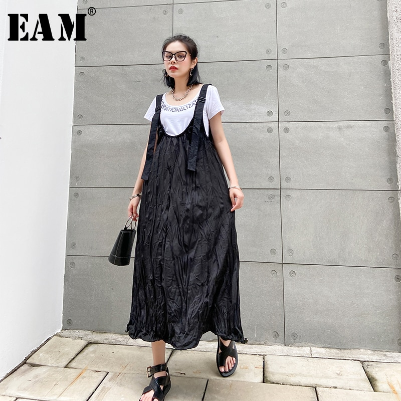 [EAM] Women Black Pleated Split Big Size Long Strap Dress New Sleeveless Loose Fit Fashion Tide Spring Summer 2020 1W364