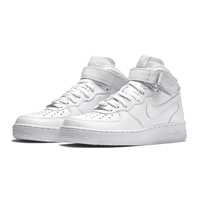 جديد الرجال سلاح الجو 1 الرجعية منخفضة الظل حذاء كرة السلة الثلاثي أسود أبيض أبتاون النساء الهواء ميد \'07 الرياضة أحذية رياضية احذية الجري