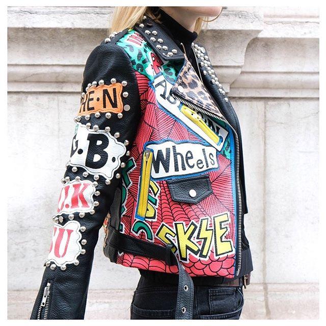 2020 otoño nuevo estilo Tailandia motocicleta impresa Popular PU cuero mujer chaqueta fina corta Streetwear Top