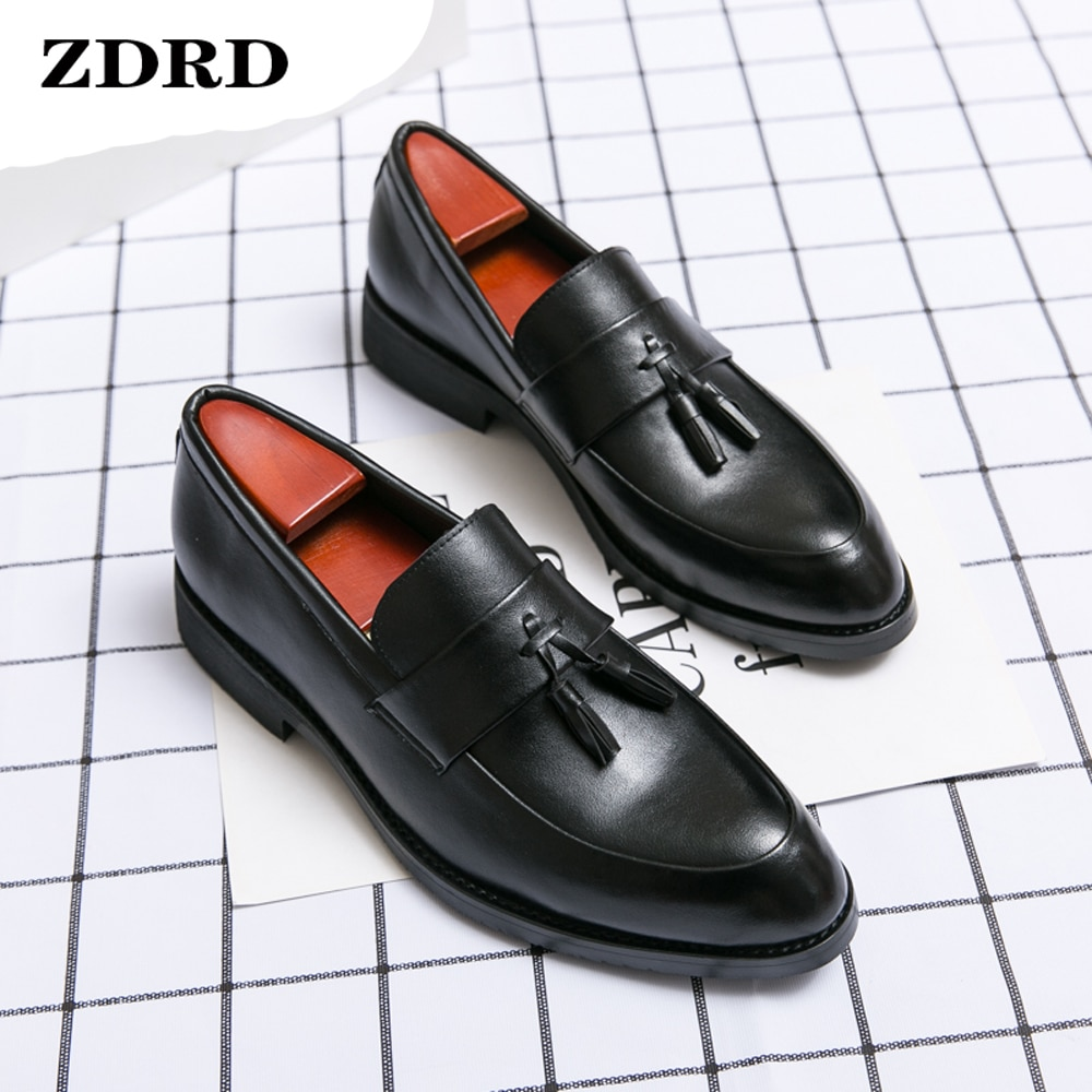 Pointed Toe Men's Loafers Luxury Tassels Leather Slip On Black Formal Party Dress Office Daily Wedding Casual Men Leather Shoes
