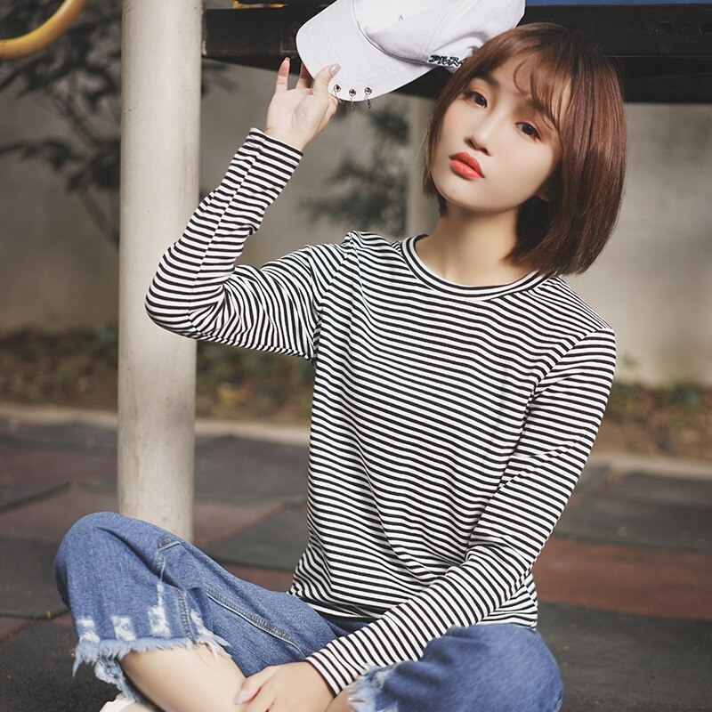 Chic Khaki 2020 New Autumn and Winter Loose Black and White Striped T-shirt Women's Long Sleeve Inne