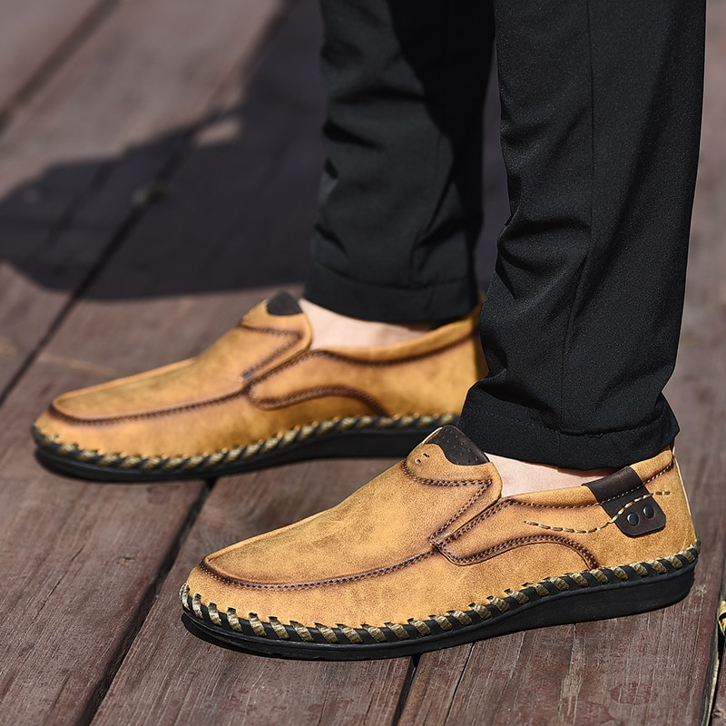 New Fashion Casual Shoes 2019 Men Leather Loafers Handmade Flats Leather Men Shoes Moccasins Soft Casual Loafers HC-364