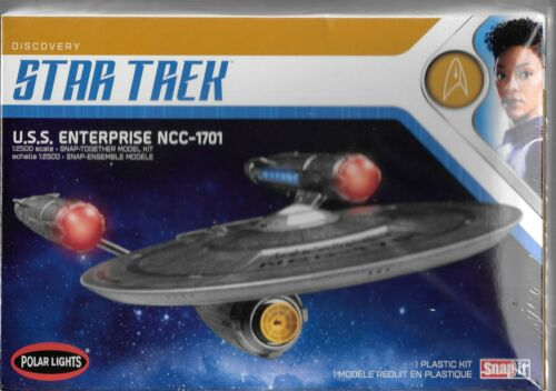 Polar lights star treek discovery, uss enterprise NCC-1701 1/2500 snap-it 971m st