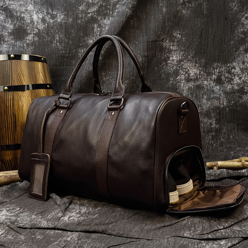 Luxury leather men's and women's travel bags, soft leather hand luggage bags, travel shoulder bags for men and women