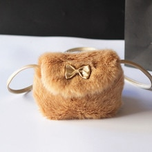 Sacs à bandoulière adorables pour petites filles   Mini sacs à nœud papillon pour enfants, sacs à main en fourrure douce, sac à main pochette solide joli