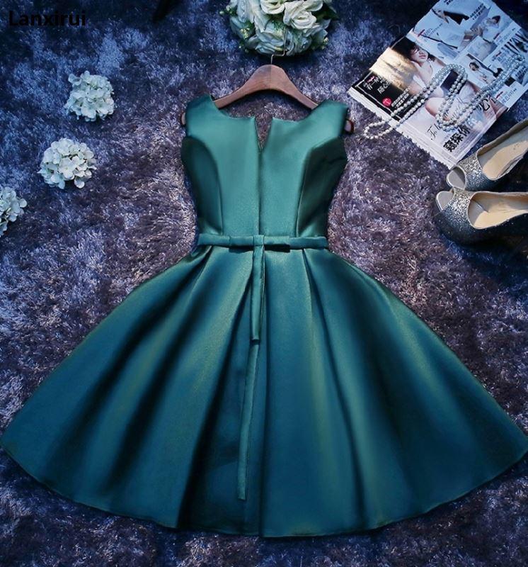 Mode vert foncé/bleu robes de fête court pas cher Lanxirui robe festonnée Satin lacé intégré soutien-gorge Sexy robes de soirée