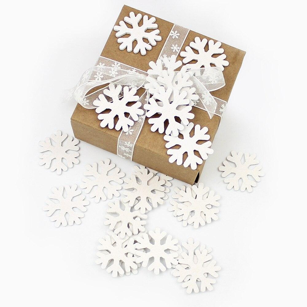100piece/bag Wooden Snowflake Modeling Christmas Decoration Small Cartoon Fresh Crafts DIY Ornaments 5cm