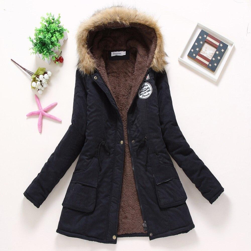 Женское зимнее пальто, новинка 2016, Повседневная парка, верхняя одежда, наполнитель с капюшоном в стиле милитари, хлопковое пальто, зимняя ку...