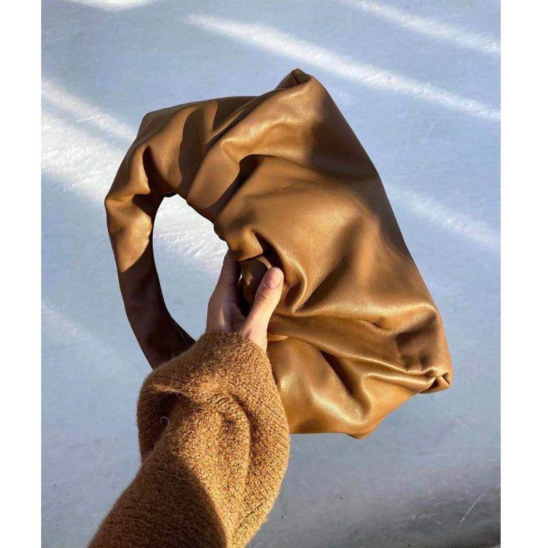 Xiaozhong الهلال 2021 حقائب جديدة أضعاف حقيبة صغيرة محمولة واحدة الكتف حقيبة جلدية الإبط
