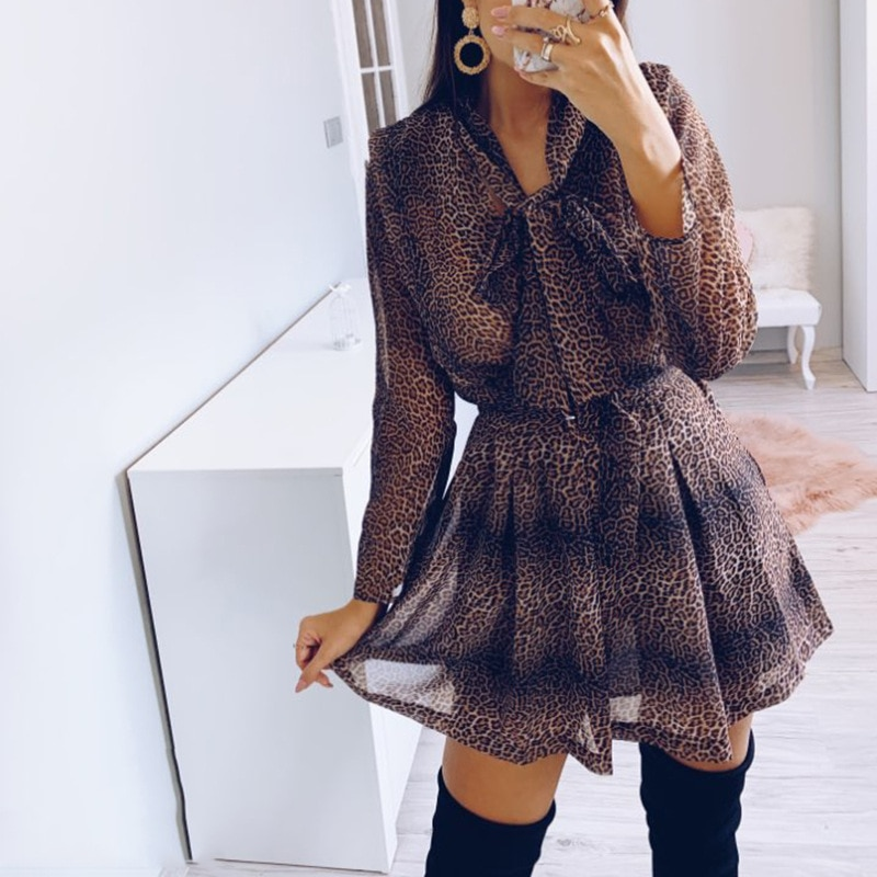 Mini vestido de leopardo para mujer, vestido de calle de manga larga con cuello y lazo, vestidos de vendaje plisados, vestidos de verano de calle alta
