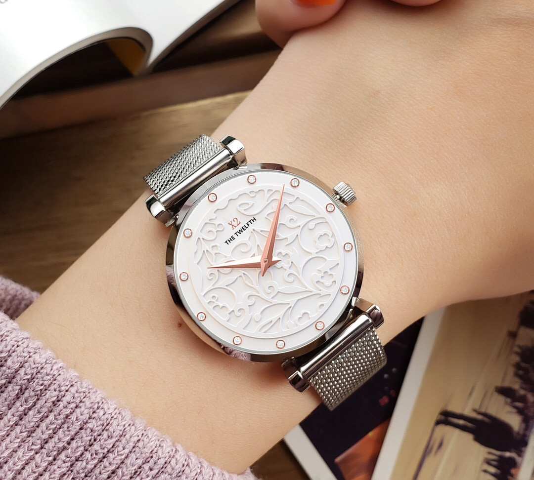 Christmas gift new luxury girl crystal 3D dial 32MM all steel waterproof quartz watch silver dress casual designer watches enlarge
