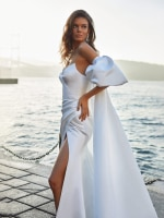 Strapless Satin Simple Wedding Dress Detachable Sleeves Sexy High Slit Pleated Custom Made Beach 2021 Photoshoot Bridal Gown