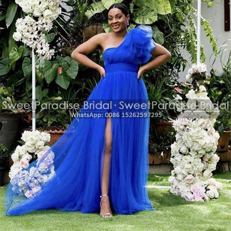 فستان لوصيفات العروس من التل الأزرق الملكي مع فتحة عالية ألف خط كتف واحد طويل للنساء الأفريقيات لحفلات الزفاف خادمة الشرف