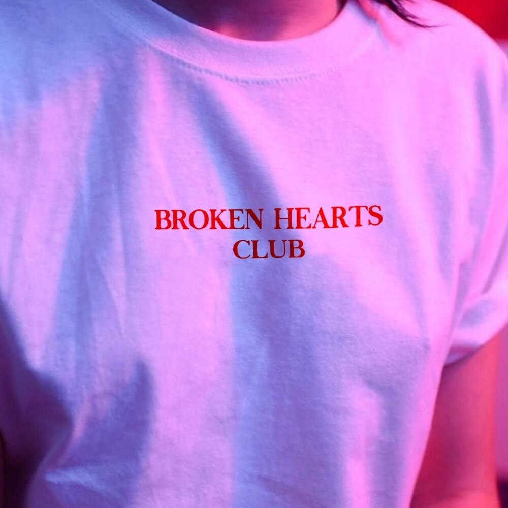 Kuakuayu HJN Broken Hearts Club Chic Moda Mulheres Camiseta Harajuku de Manga Curta Tumblr Grunge Branco Tee Tumblr Hipster