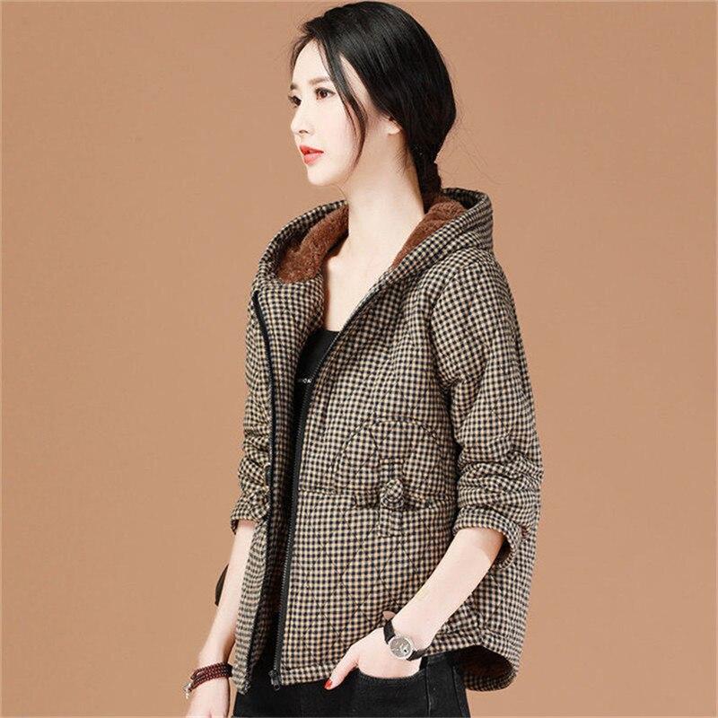 Женские зимние парки с капюшоном, хлопковые куртки, утепленные бархатные теплые пальто в клетку, женская верхняя одежда больших размеров 5XL,...