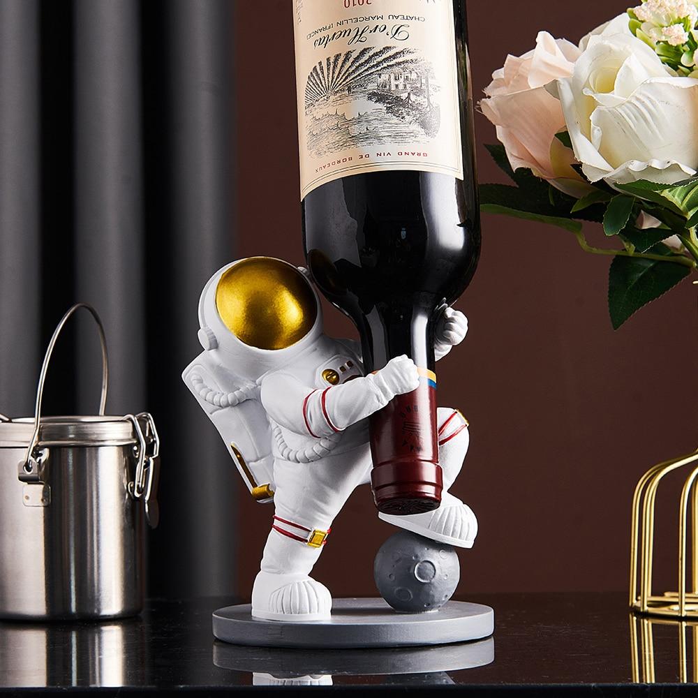 الإبداعية رائد الفضاء النبيذ الرف زجاجة نبيذ حامل حامل النبيذ رفوف النبيذ الجدول تخزين النبيذ ديكور المنزل هدايا عيد الحب