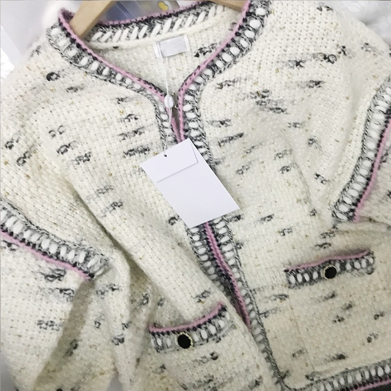 2021 Winter New High-Quality Wool Long-Sleeved Spot Gold Thread Fashion Knitted Cardigan Heavy Hand Hook Knitted Collar Jacket enlarge