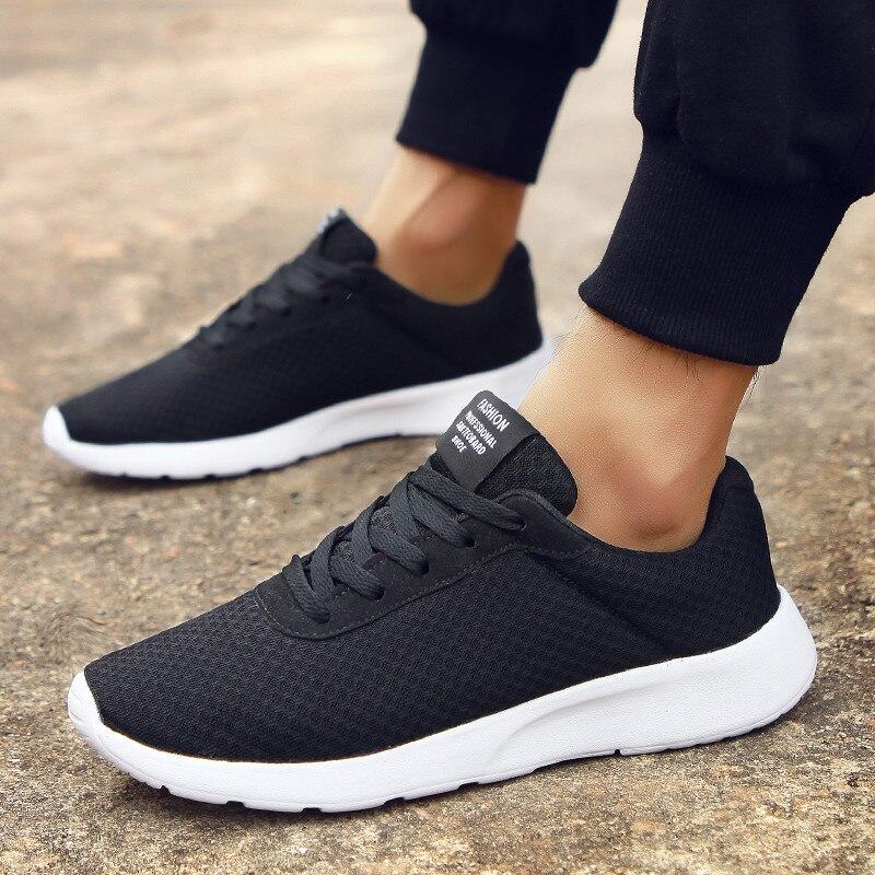 Tênis esportivo masculino de 35 a 47 tamanhos grandes, sapatos de casal da moda respirável e de malha preta, sapatos de corrida