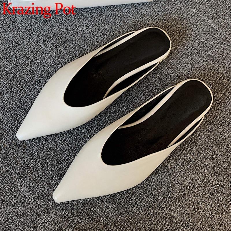 Krazing pot, zapatilla exterior de cuero natural, puntiagudo, tacón bajo, diseño europeo, deslizamiento simple sólido, zapatos de verano para mujer L5f1
