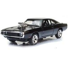 1/32 échelle voiture modèle Dodge chargeur modèle furieux voiture alliage avec tirer en arrière quatre portes ouvert moulé sous pression jouets pour garçon enfants gif